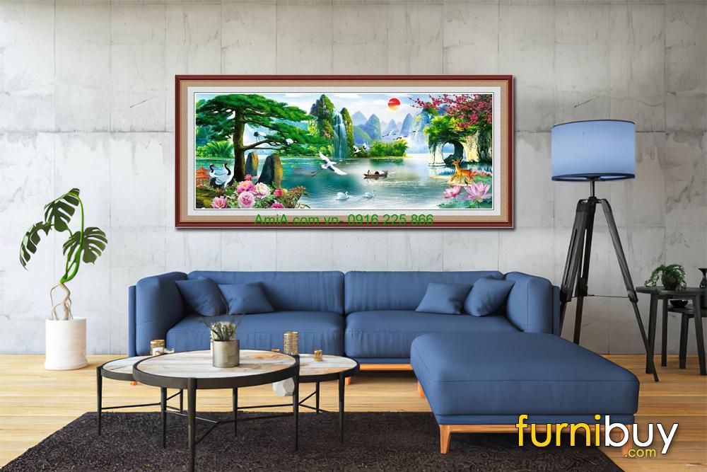 Một bức sơn thủy hữu tình kết hợp sofa màu xanh Navy hiện đại