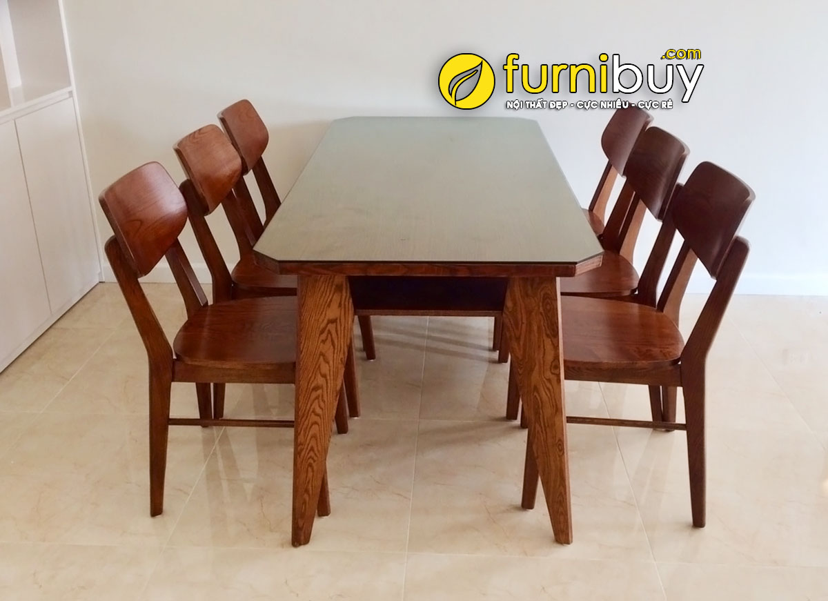 Ảnh chụp bộ bàn ghế ăn gỗ Sồi đẹp giá rẻ tại nhà khách