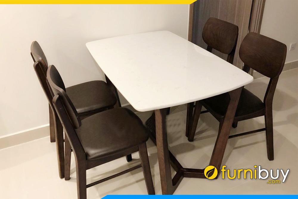 Giao bộ bàn ăn 4 ghế đẹp màu óc chó Concorde tại nhà chị Loan