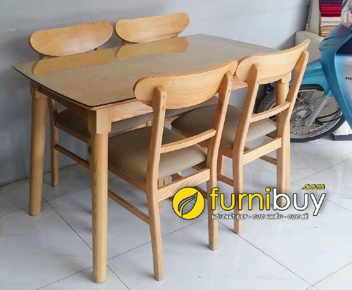 Bộ bàn ăn 4 ghế gỗ Sồi giá rẻ BA023