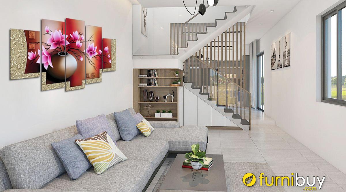 Hình ảnh tranh treo phòng khách nhà ống, nhà phố đẹp hiện đại