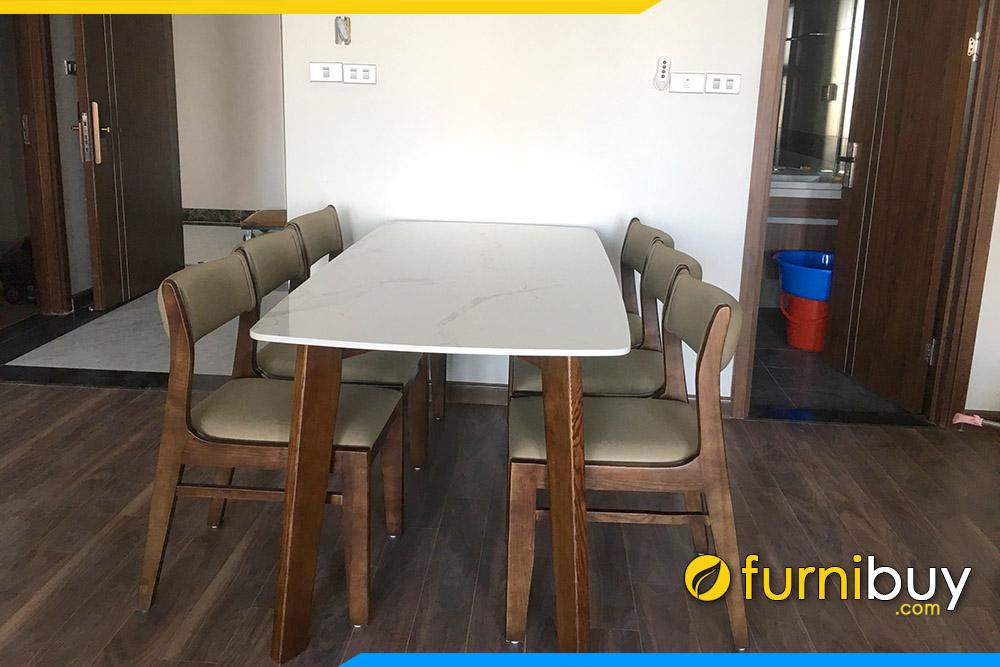Mẫu bàn ăn 6 ghế gỗ sồi mặt đá giao khách ở Gia Lâm
