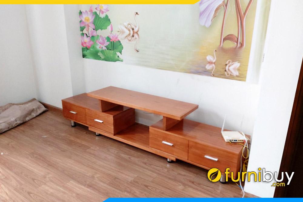 Mẫu kệ tivi gỗ công nghiệp rút 2 đầu tại nhà chị Tuyền