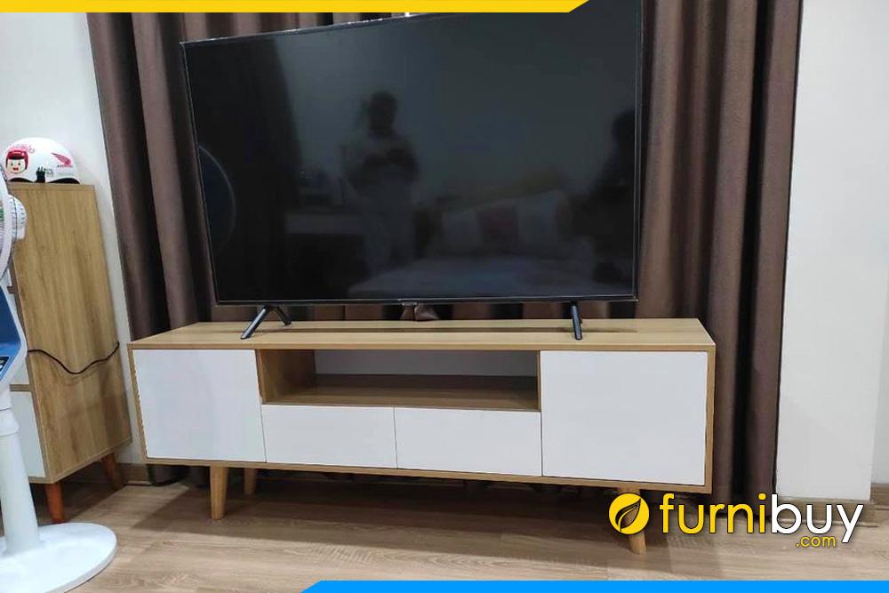 Hình ảnh mẫu kệ tivi gỗ MDF 1m6 nhỏ gọn cho chung cư