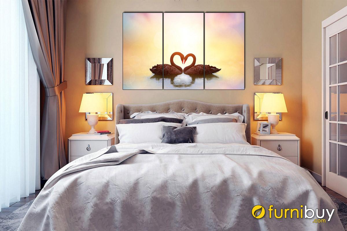 Hình ảnh Tranh chim thiên nga treo tường phòng ngủ hiện đại