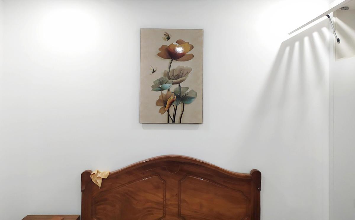 Hình ảnh Tranh khổ dọc treo tường phòng ngủ