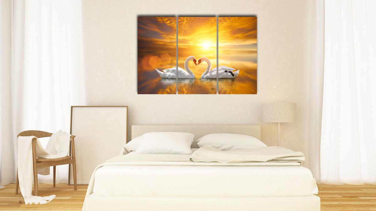 Hình ảnh Tranh treo tường phòng ngủ cho mệnh Kim đẹp hình đôi thiên nga chụm mỏ