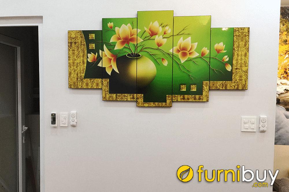 hình ảnh thực tế được Furnibuy chụp lại khi trang trí không gian phòng khách nhà khách hàng AmiA 1267