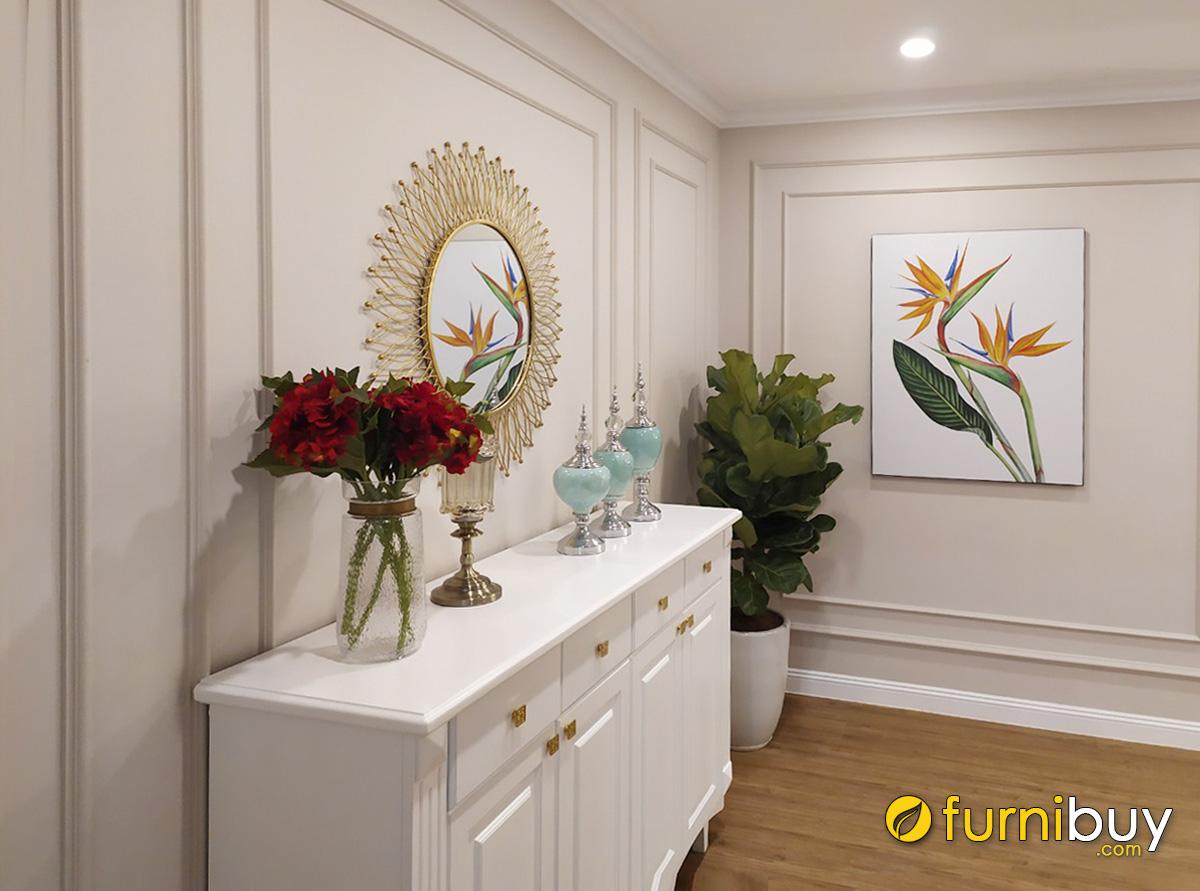 Hình ảnh Tranh hoa lá trang trí ô âm tường phòng khách sang trọng