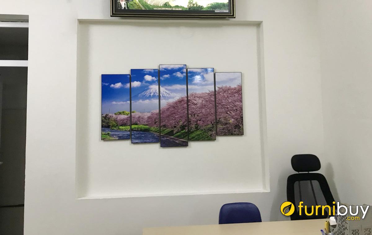 Hình ảnh Tranh phong cảnh nước ngoài treo ô âm tường phòng tiếp khách