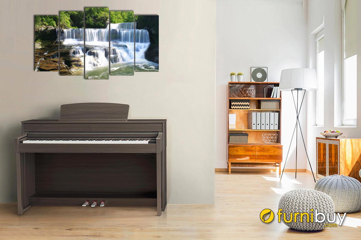 Hình ảnh Tranh thác nước chảy nhẹ nhàng treo trên đàn piano mã 154