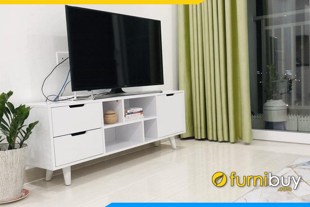 Hình ảnh mẫu tủ tivi gỗ đẹp hiện đại FBK014