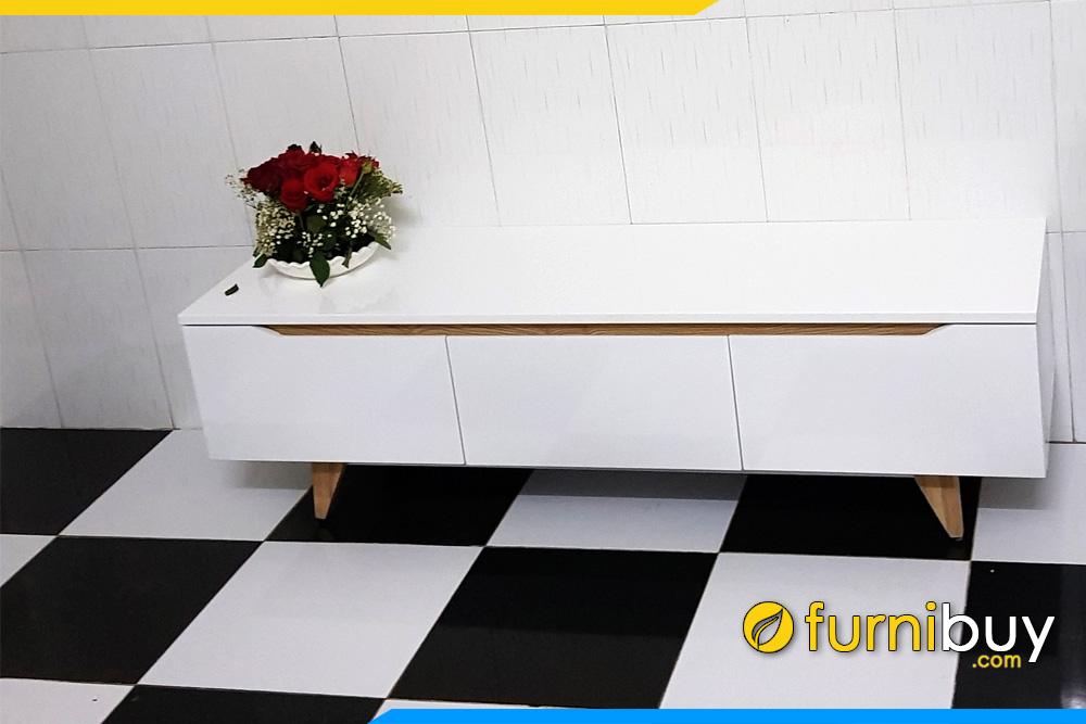 Hình ảnh Kệ tivi phòng khách màu trắng đẹp FBK011