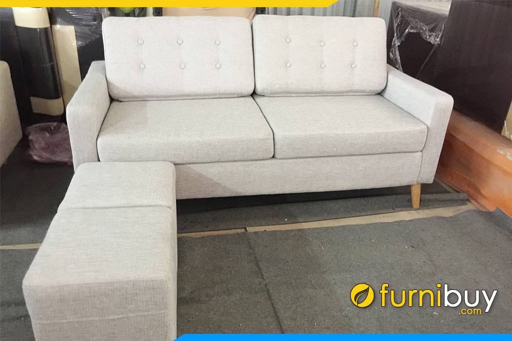 sofa ni 2 cho ngoi dang vang ke phong khach