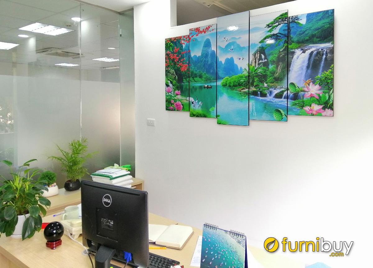 Hình ảnh Tranh sơn thủy hữu tình tặng khai trương công ty