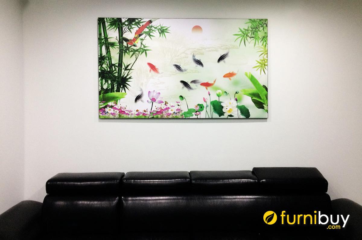 Hình ảnh Bức tranh cá chép treo phía trên ghế sofa phòng khách