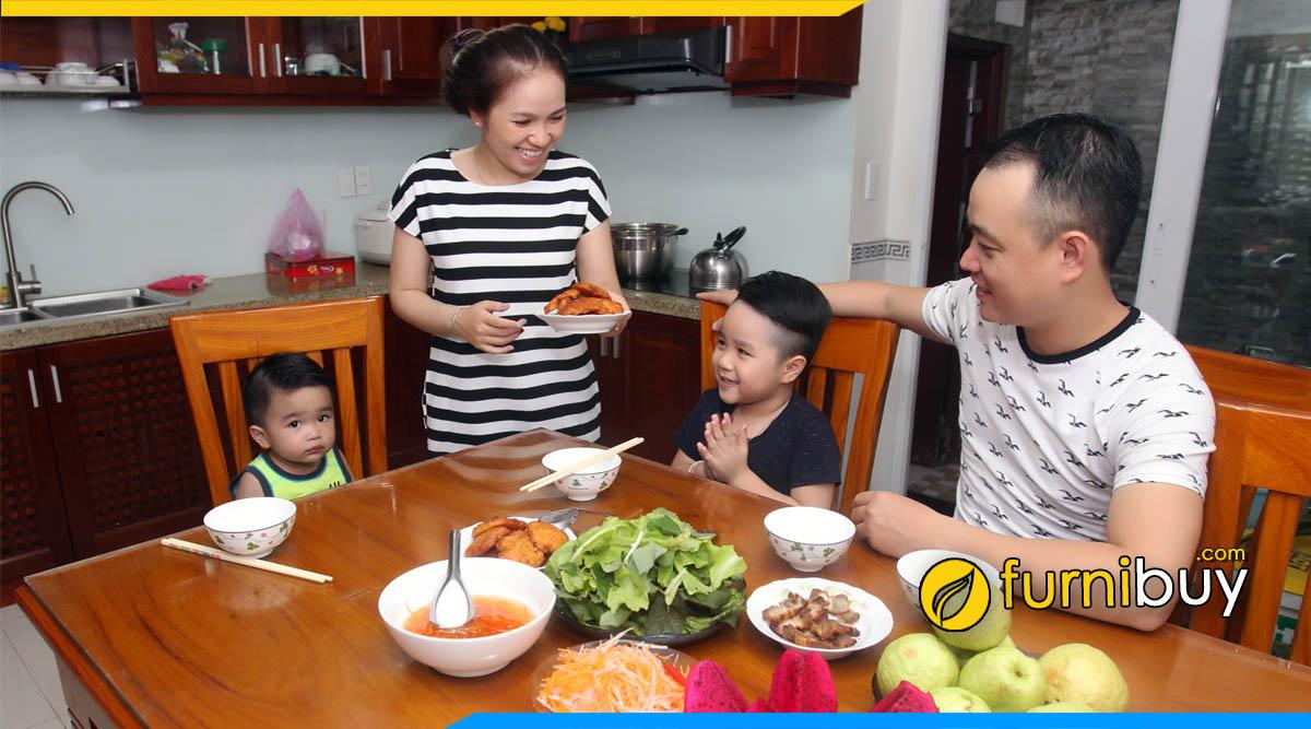 Cách chọn bàn ăn cho gia đình phù hợp