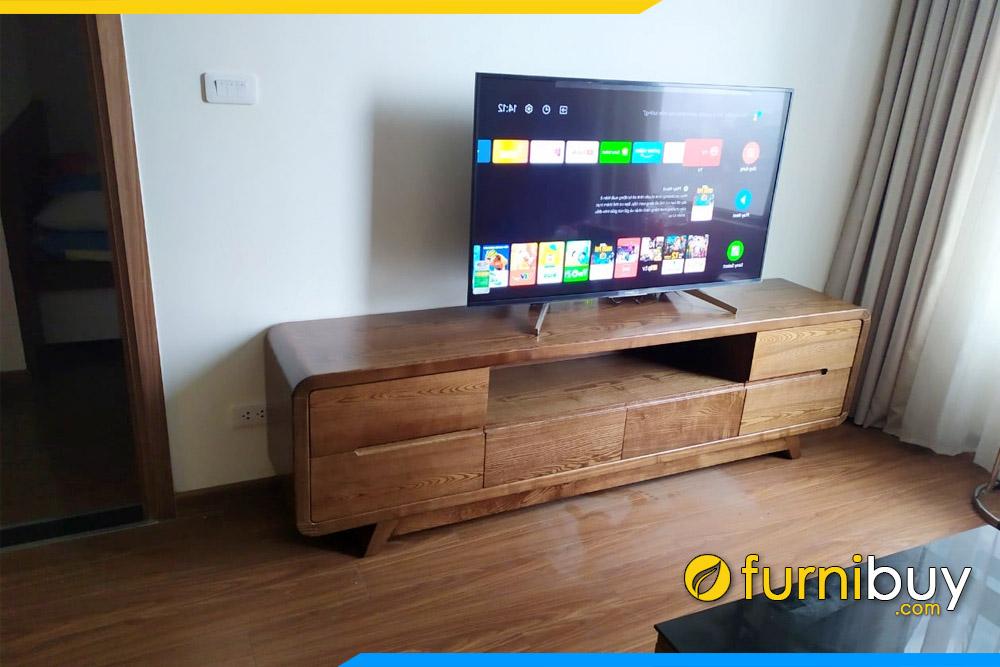 Furnibuy tư vấn chọn kệ tivi gỗ tự nhiên phòng khách phù hợp