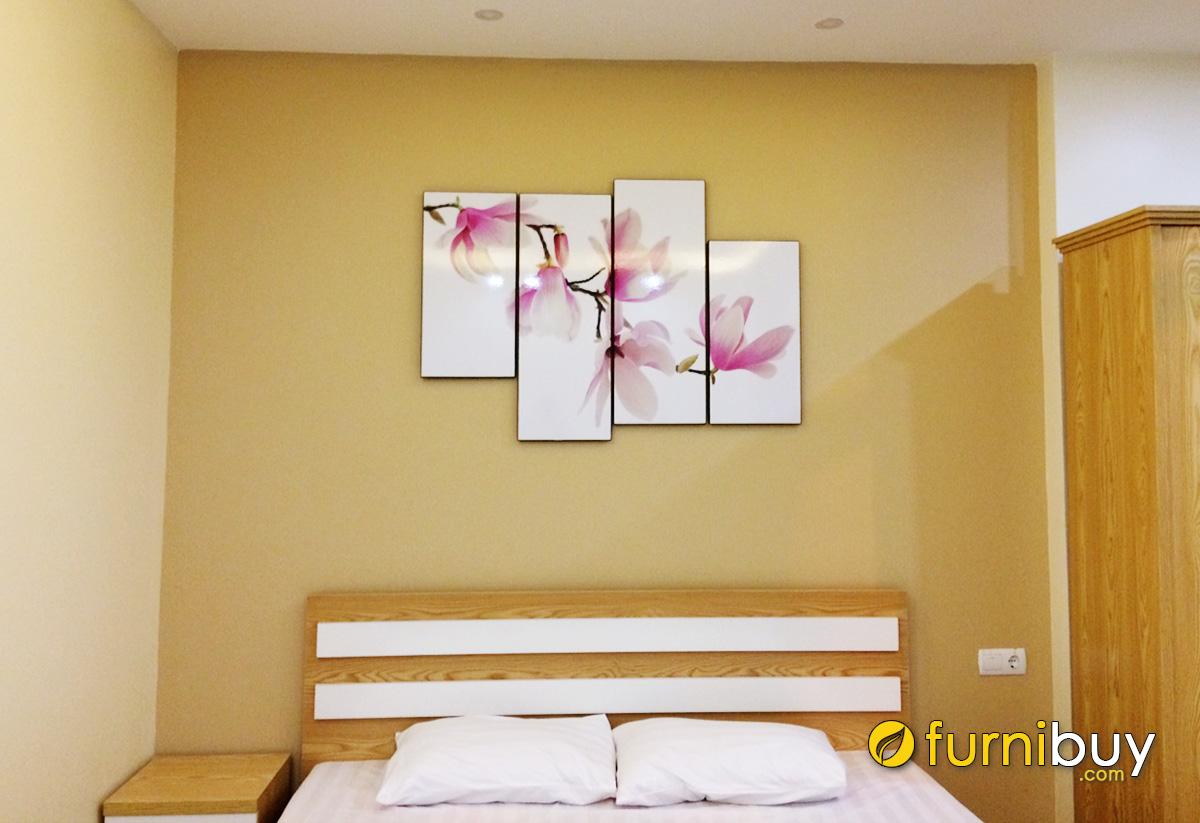 Hình ảnh Tranh nhành mộc lan treo tường phòng ngủ