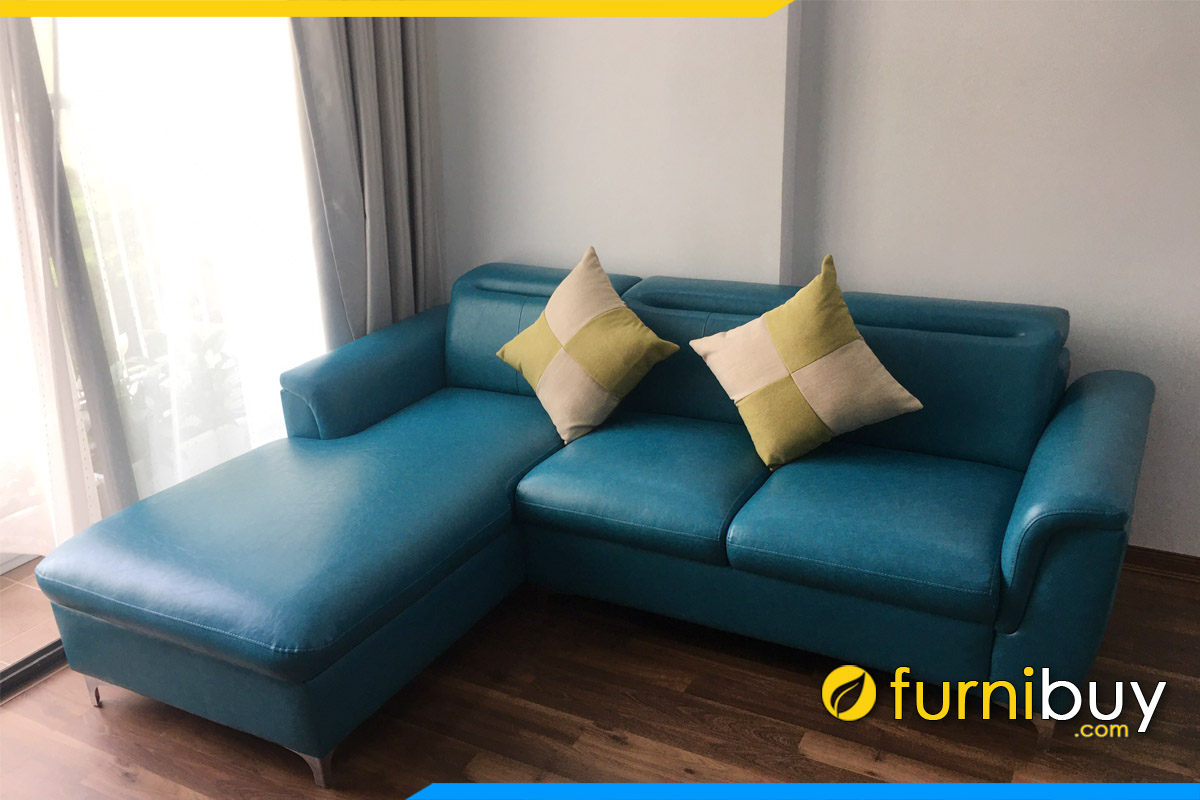 ghe sofa da mau xanh ke phong khach dang goc