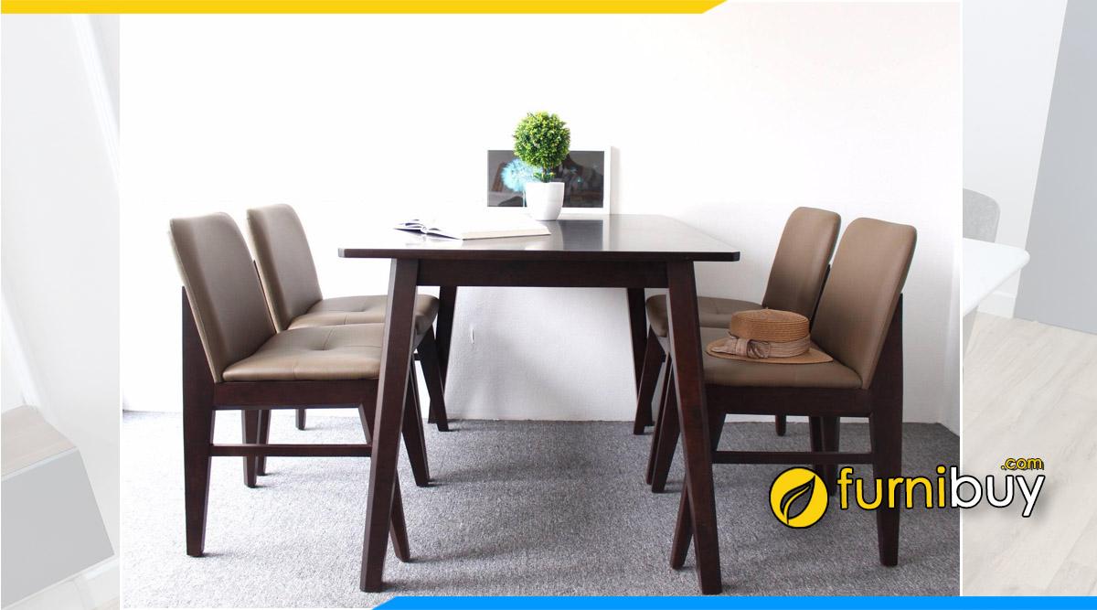 Hình ảnh Bộ bàn ăn 4 ghế gỗ chữ nhật thực tế tại nhà cô Thúy