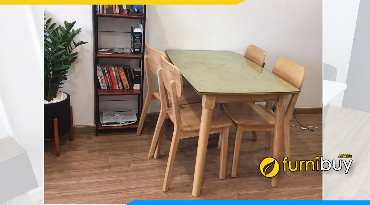 Hình ảnh Bộ bàn ăn 4 ghế gỗ dưới 5 triệu tại nhà chú Hưng