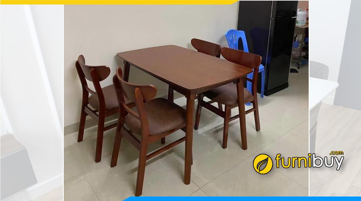 Hình ảnh Bộ bàn ăn 4 ghế gỗ giá rẻ tại nhà anh Cường