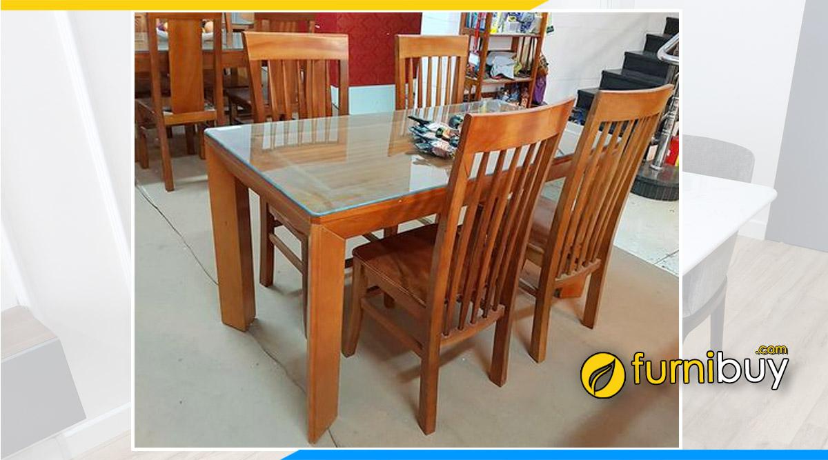 Hình ảnh Bộ bàn ăn 4 ghế gỗ xoan đào mặt liền đẹp tại nhà anh Tuấn