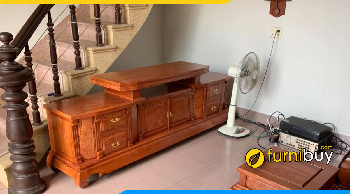 Hình ảnh Mẫu kệ tivi gỗ hương hiện đại cho phòng khách đẹp