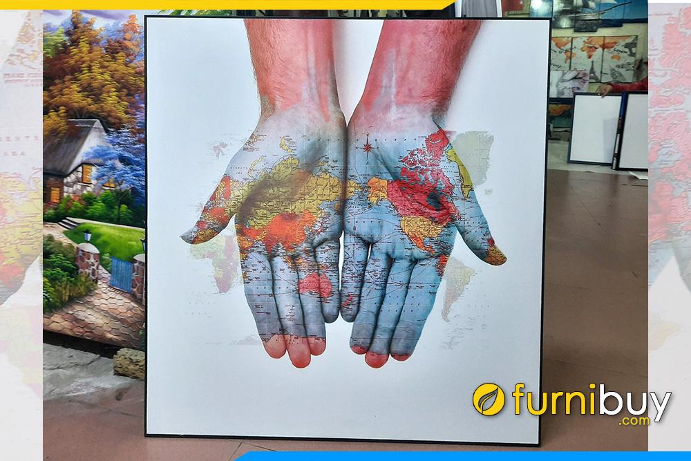 Buc tranh ban do ban tay xuong tranh furnibuy