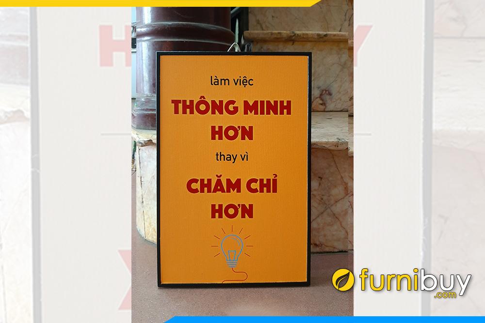 Tranh van phong khau hieu hay lam thong minh hon thay vi cham chi hon