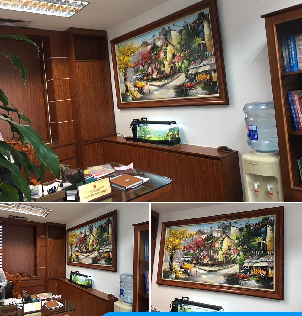 Phong chu tich giam doc thich trang tri tranh son dau pho co