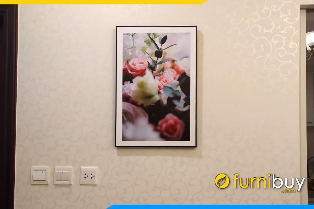 Tranh hoa hong canvas treo chung cu hien dai