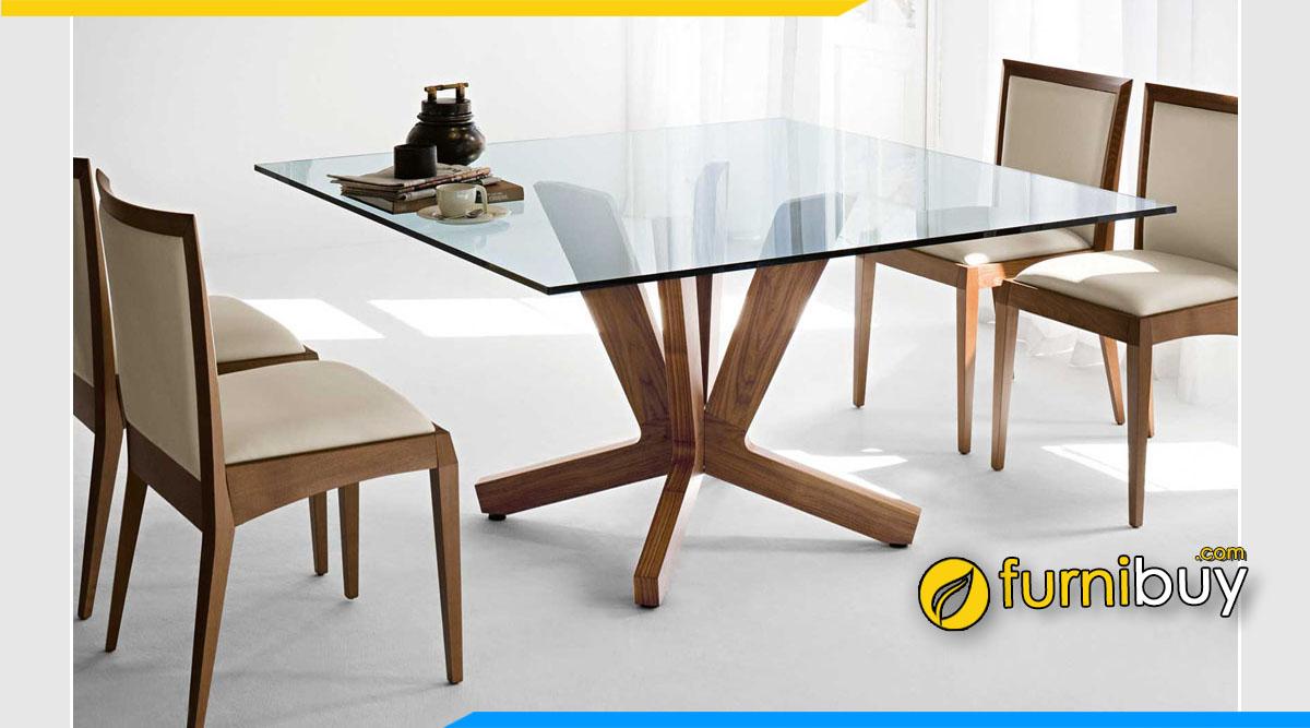 hình ảnh Bộ bàn ghế ăn hình vuông đẹp và độc đáo mặt kính